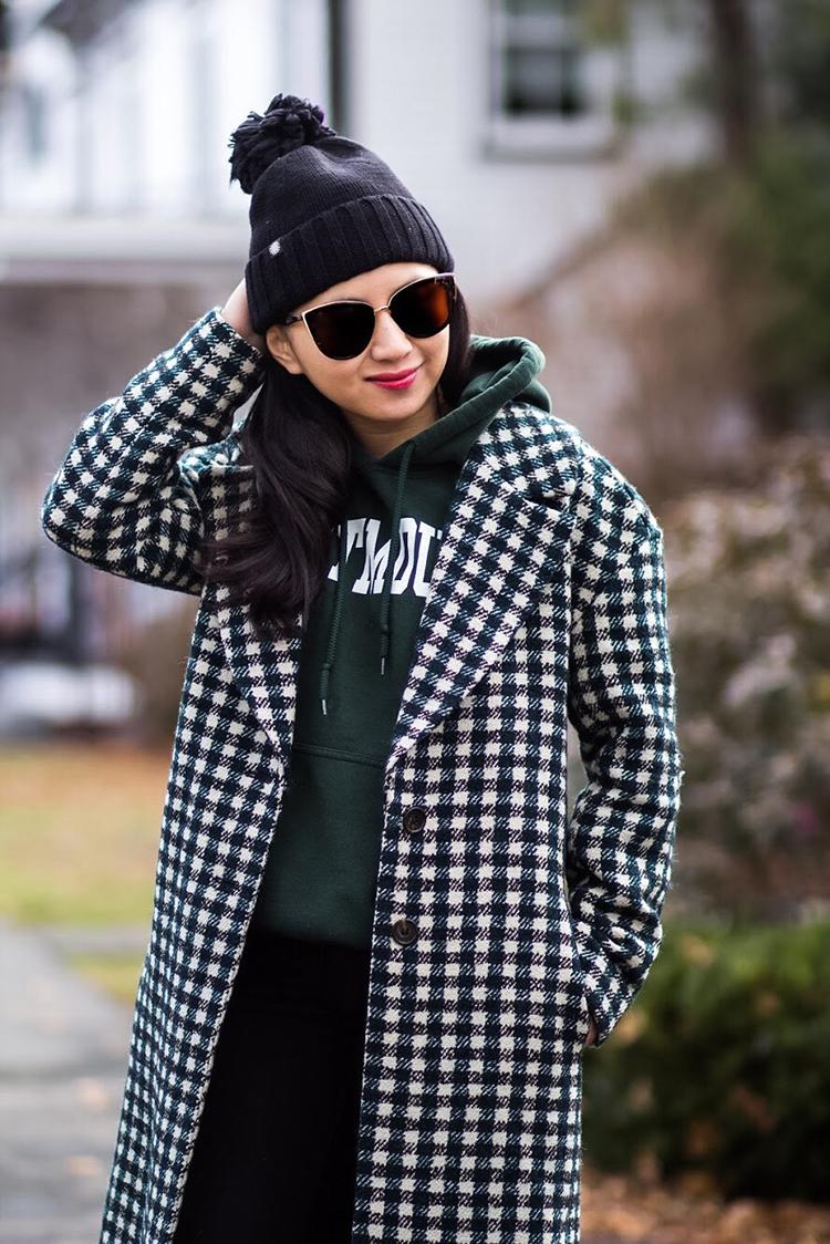 [Dressed Up] Sweatshirt